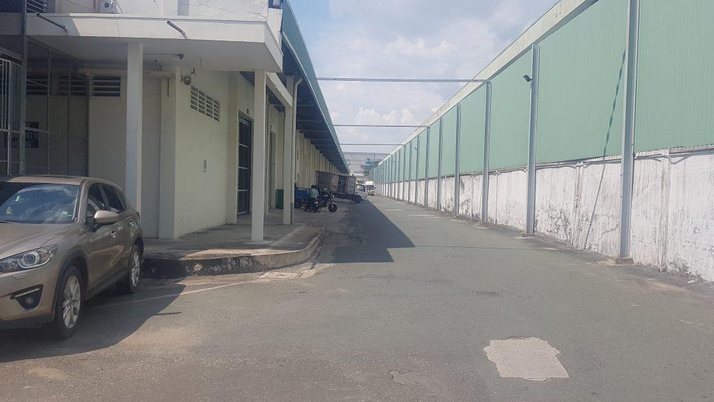 Nhà xưởng trong khu chế xuất Linh Trung 1
